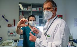 Impfalltag in einer Hausarztpraxis: Unverschämte Bitten und dreiste Patienten