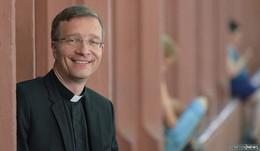 hr-fernsehen überträgt Amtseinführung von Bischof Dr. Michael Gerber live