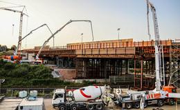 K1-Vollsperrung über Nacht: Einbau von 2.000 Kubikmeter Beton in 24 Stunden