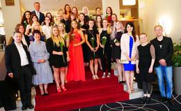 Zahnmedizinische Fachangestellte der Eduard-Stieler-Schule verabschiedet