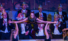 Viel Humor, tolle Tanzgruppen und neue Ordensträger - Bilderserie von Martin Engel (3)