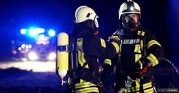 Einsatz in Nieder-Ohmen: Möbelgruppe auf Terrasse fängt Feuer