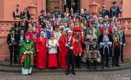 Ein Gottesdienst mit lauter Narren: Friedensmesse in der Stadtpfarrkirche