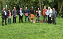 Baumpflanzaktion zum Festspiel-Jubiläum findet hohe Anerkennung