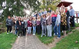 Nachwuchskräfte freuen sich auf eine Seminarreihe im neuen Format