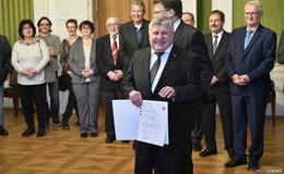 Ehrenbrief für Hans Dampf - Charly Bohl ist vorbildlich engagiert