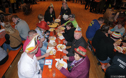 1.340 Eier gesammelt: Traditionelles Eieressen am Fastnachtsdienstag