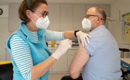 Impfen in Arztpraxen vorbereitet: Intensiver Austausch für reibungslosen Start