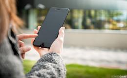 Für mehr Menschlichkeit: ein Blick vom Smartphone weg kann Wunder bewirken