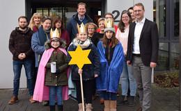 Hoher Besuch in der Kreisverwaltung: Sternsinger bringen Segen
