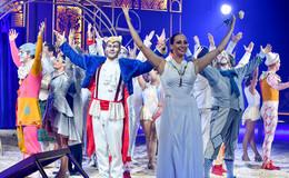 Circus Krone ist in der Stadt - Premiere begeistert Zuschauer - Bilderserie