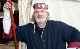 Urig und rustikal: Mittelalterlicher Wintermarkt vor wunderschöner Kulisse
