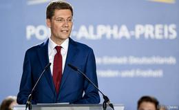 Schwere politische Krise! Kanzlerin Merkel feuert Ost-Beauftragten Hirte