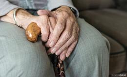 Videoaufnahmen von Demenzkranken: Keine moralischen Bedenken?
