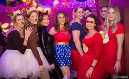 Das Propsteihaus bebt: Frauenfastnacht legt Grundstein für drei volle Tage