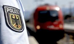 Mit 2,4 Promille: 16-Jähriger rastet im Bahnhof aus und geht auf Beamten los