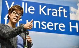 AKK erobert spröden CDU-Kreisverband mit Sachverstand und Klartext