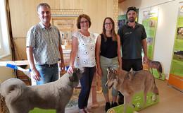 Neue Ausstellung Große Beutegreifer und Herdenschutz auf der Wasserkuppe