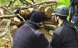 Polizei-Bilanz von Tag 7: Spontane Demonstrationen - 14 Aktivisten im Wald
