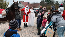 Weihnachtszauber für Jung und Alt rund ums nurona-Pflegezentrum