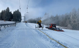 Skilifte auf der Wasserkuppe laufen ab Samstag wieder auf Hochtouren