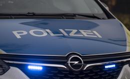 Unfall auf der A7: Auto überschlägt sich - 70-Jähriger verletzt ins Krankenhaus