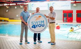 Gegen das Nichtschwimmen: DLRG und RhönEnergie starten Kooperation