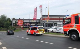 Feuerwehreinsatz in der Norma-Filiale: Kunden bemerken Gasgeruch
