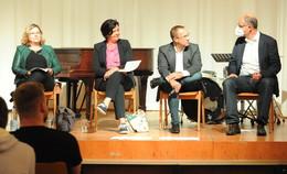 Schüler fragen Politiker: Politik-Talk auf Schloss Bieberstein