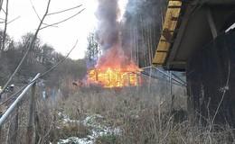 Vier Jungs sollen Brände verursacht haben - Eingriff in Bahnverkehr