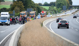 Fahrraddemo auf der Autobahn: Umweltaktivisten im Kampf gegen A49