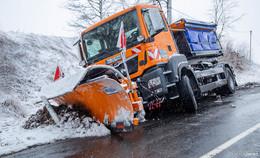Achtung: geschlossene Schneedecke und glatte Straßen - Leserbilder