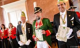 Ehrenoffiziersempfang im Schloss: Viel Lob für Garde und drei Vereidigungen