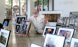 Schaufenster-Ausstellung des Fotografen Walter Rammler in der Bahnhofstraße