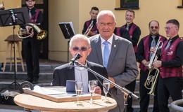 Pfarrer in Rufbereitschaft Erwin Lachnit mit der Von-Steinrück-Medaille geehrt