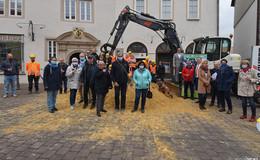 Stadtumbau nimmt Fahrt auf - Baustelleneinweihung mit fleißigen Baumeistern