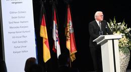Bundespräsident Steinmeier: Lasst nicht zu, dass diese böse Tat uns spaltet