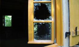 Gerade fast fertiges Gerloser Häuschen bei Einbruchsversuch erneut zerstört