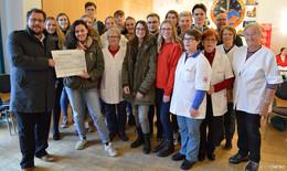 DRK Fulda verliert erneut Blutspende-Wette gegen Winfriedschüler