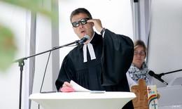 Pfarrer Stefan Bürger: Mit göttlichem Segen in die Sommerferien!