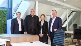 VR-Bankverein mit Innenhof und Grünfläche für Kundenveranstaltungen