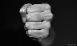 Festnahme nach Diebstahl: Dieb bricht Polizistin eine Rippe