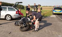 Motorradfahrer stürzt zwischen Lütter und Weyhers
