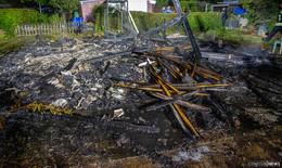 Hütte in Kleingartenanlage brennt komplett nieder