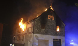 Leerstehendes Haus abgebrannt - Einsturzgefahr - 50.000 Euro Sachschaden