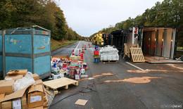 Nach LKW-Unfall auf der A 7: Aufräumarbeiten laufen auf Hochtouren