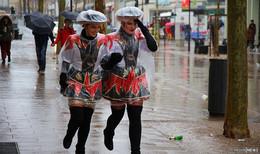 Sturm und Regen gemeldet: Fallen die Fastnachtsumzüge ins Wasser?