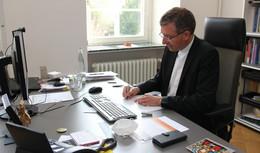 Caritas-Osterpost-Aktion: Bischof Gerber beteiligt sich mit eigenen Grußkarten