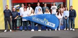 12 Auszubildende starten ihre Karriere bei Euronics XXL Lauterbach und Alsfeld