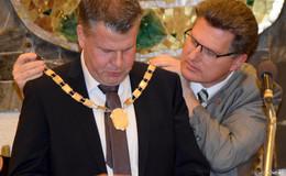Bürgermeister Uwe Hassl verabschiedet - Stefan Knoche übernimmt Kommando